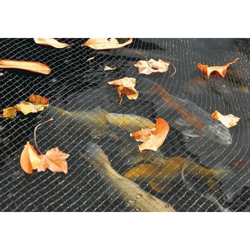 Сеть позволит сохранять пруд в чистоте круглый год.